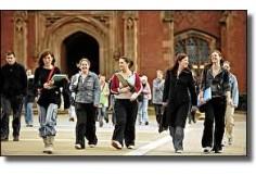 Queen' University Belfast - Management school